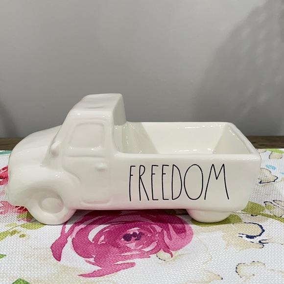 "Rae Dunn ""FREEDOM"" ""Pick-up"" Truck"